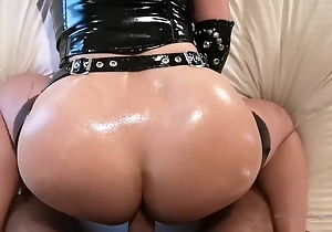 Redhead fro big soul in latex gives oral-sex & receives fucked
